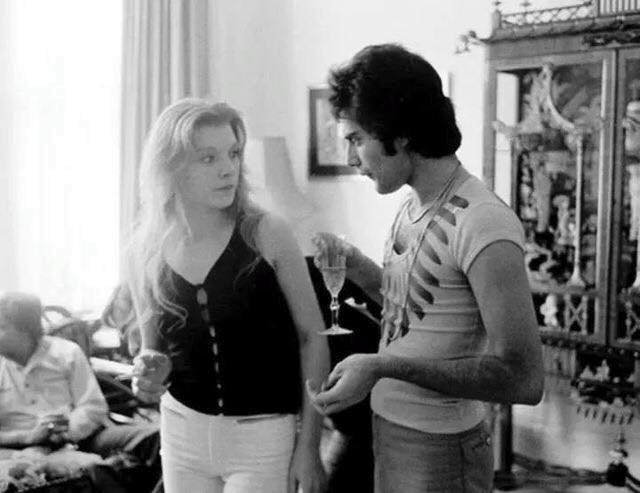 The two shared unconditional love, and Freddie Mercury maintained the fact that he was married to her. (Facebook)