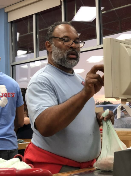 Geoffrey Owens, best known for his role as Elvin Tibideaux on 'The Cosby Show,' was spotted working as a cashier at a Trader Joe's by a couple of shoppers. (Twitter)