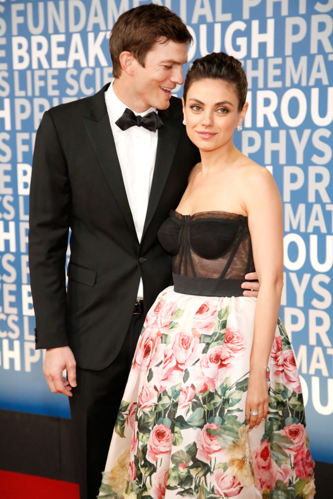 Ashton Kutcher and Mila Kunis (Source: Getty Images)