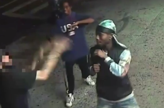 The second suspect was seen wearing a black and gray du-rag (Source: YouTube)