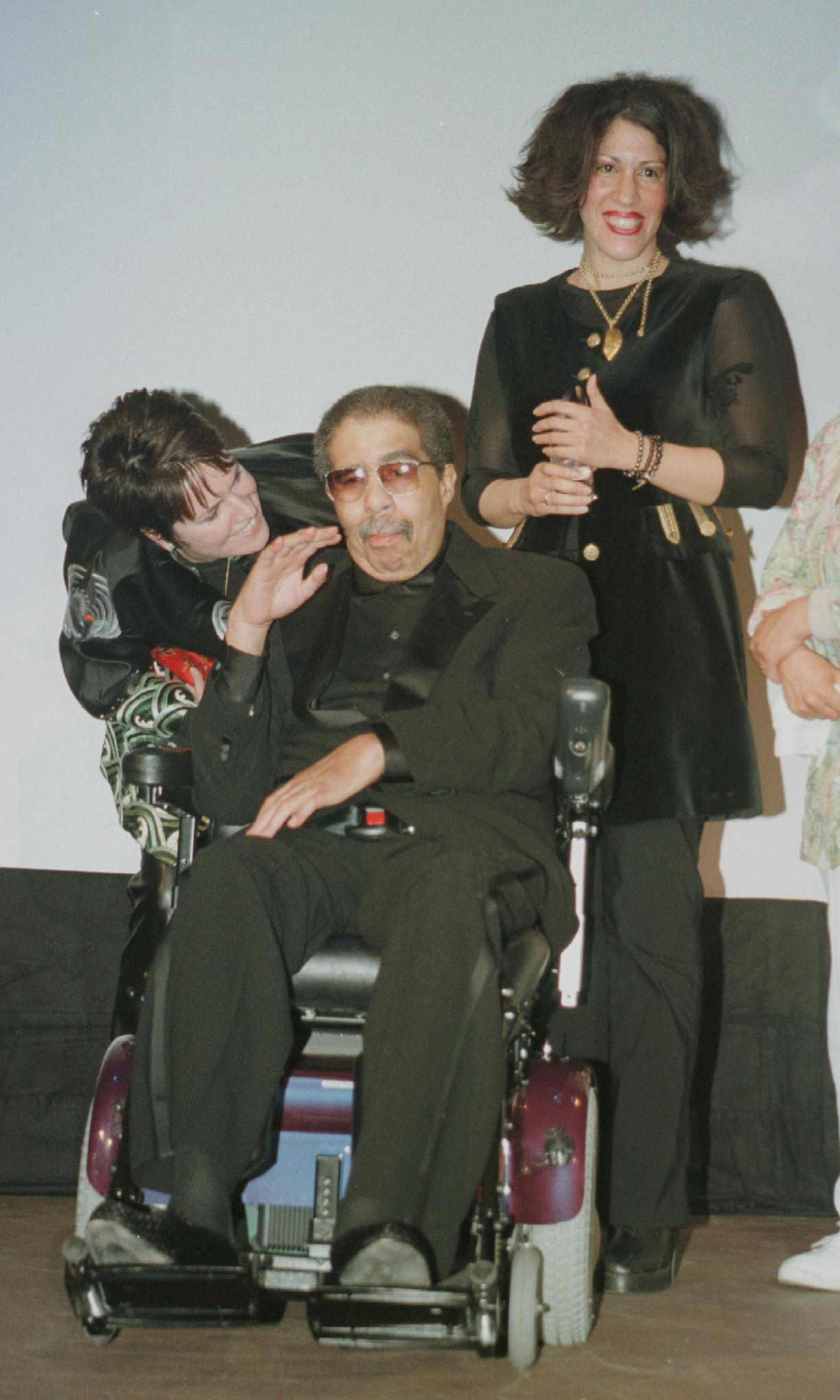 3-3-00, Santa Barbara, Ca. Richard Pryor Accepts The Lifetime Achievement Award As Wife Jennifer And Daughter Rain Stand With Him During The Santa Barbara International Film Festival At The Granada Theatre. (Photo By Dave Luchansky/Getty Images)