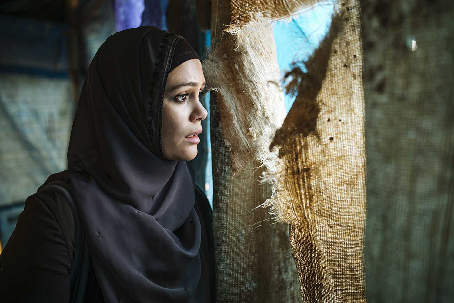 Hanin's character is a deviation from the stereotypical projection of Saudi women. (IMDb)