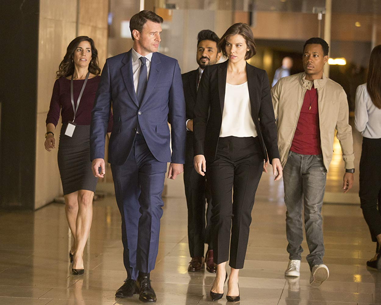 Ana Ortiz, Scott Foley, Vir Das, Lauren Cohan, and Tyler James Williams in 'Whiskey Cavalier'. (Source: IMDB)