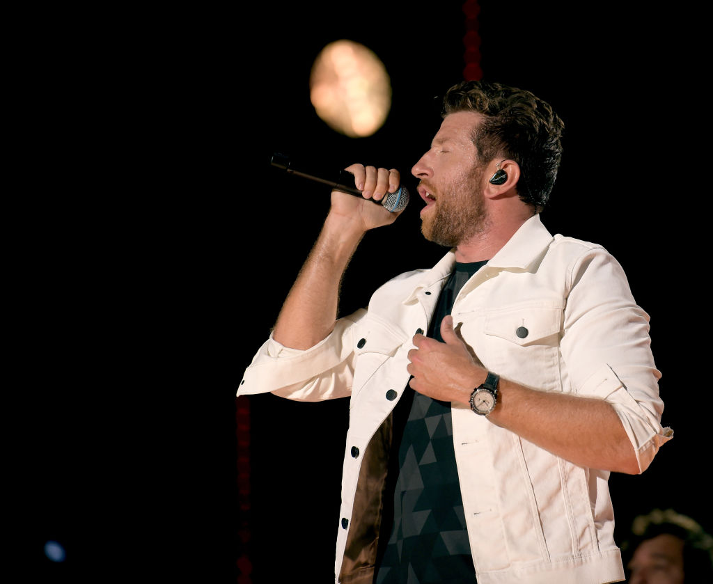 Brett Eldredge performs onstage during the 2018 CMA Music festival at Nissan Stadium on June 10, 2018, in Nashville, Tennessee. (Getty Images)