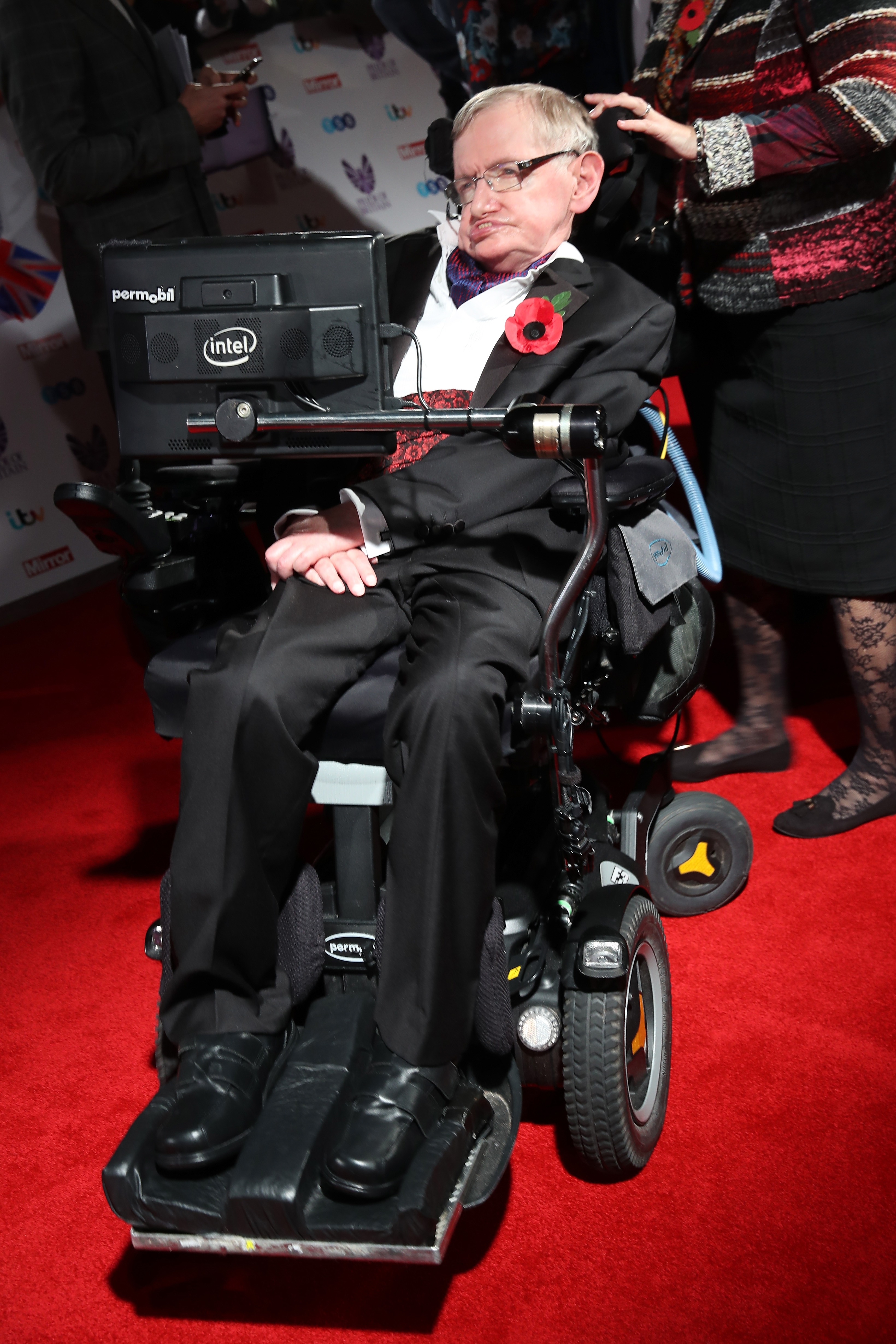 Stephen Hawking attends the Pride Of Britain awards at the Grosvenor House Hotel on October 31, 2016 in London, England. (Photo by Chris Jackson/Getty Images)
