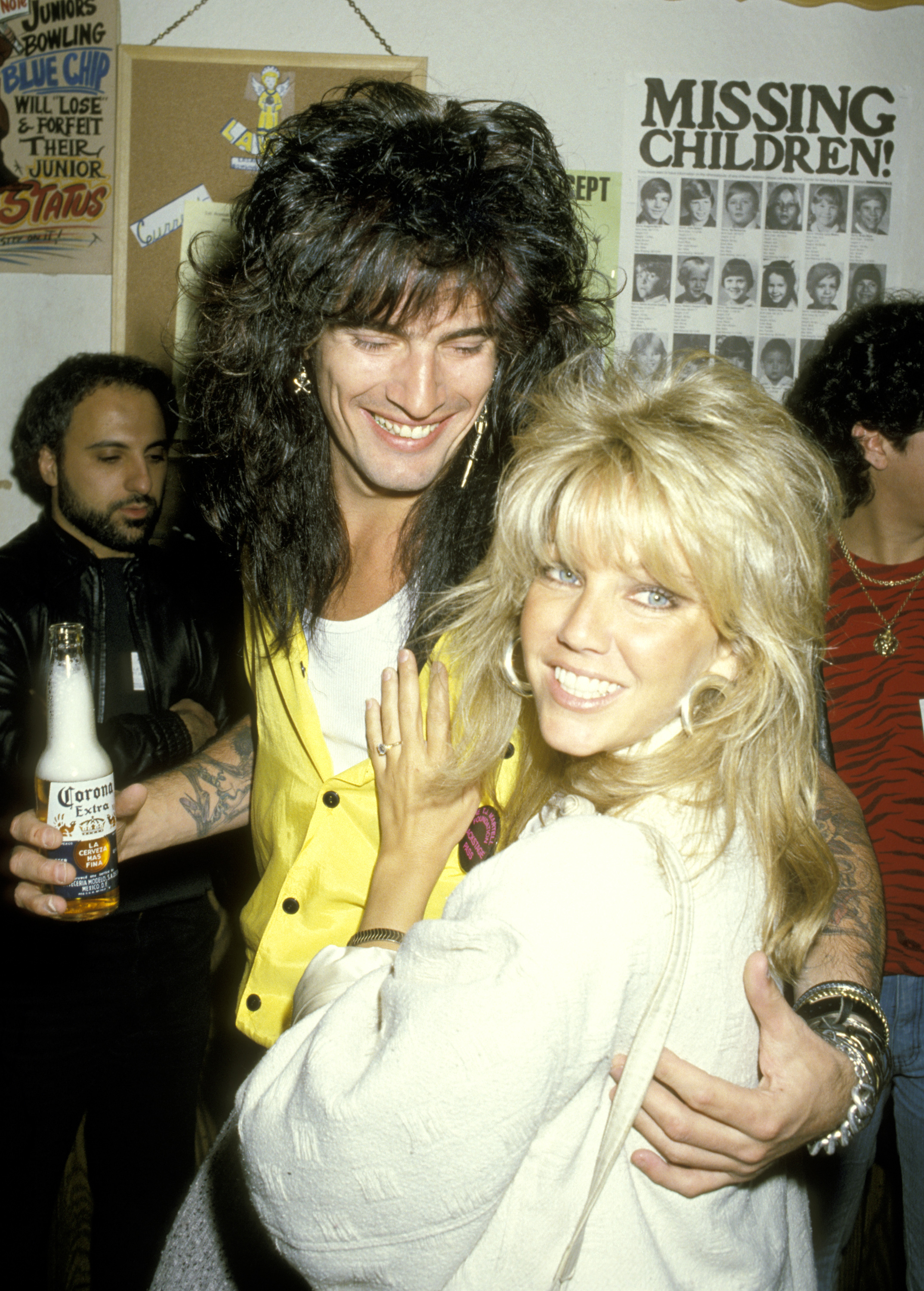 Tommy Lee and Heather Locklear during 4th Annual Rock & Bowl Tournament For The T.J. Martel Foundation at Calabasas Country Club in Calabasas, California, United States (Source: Ron Galella/WireImage)