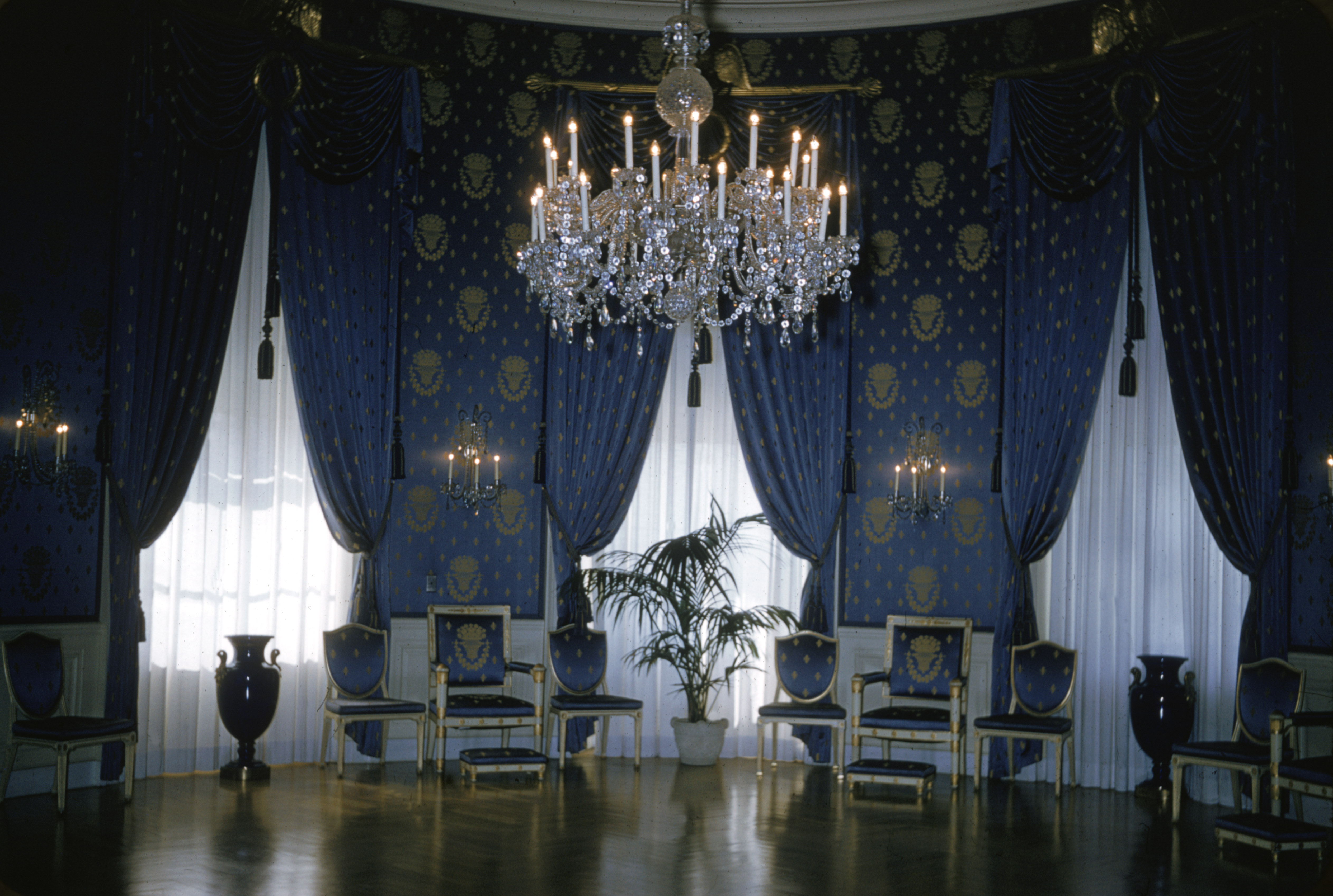 Interior view of the Blue Room at the White House, Washington, D.C., 1970s. (Photo by Harvey Meston/Getty Images)