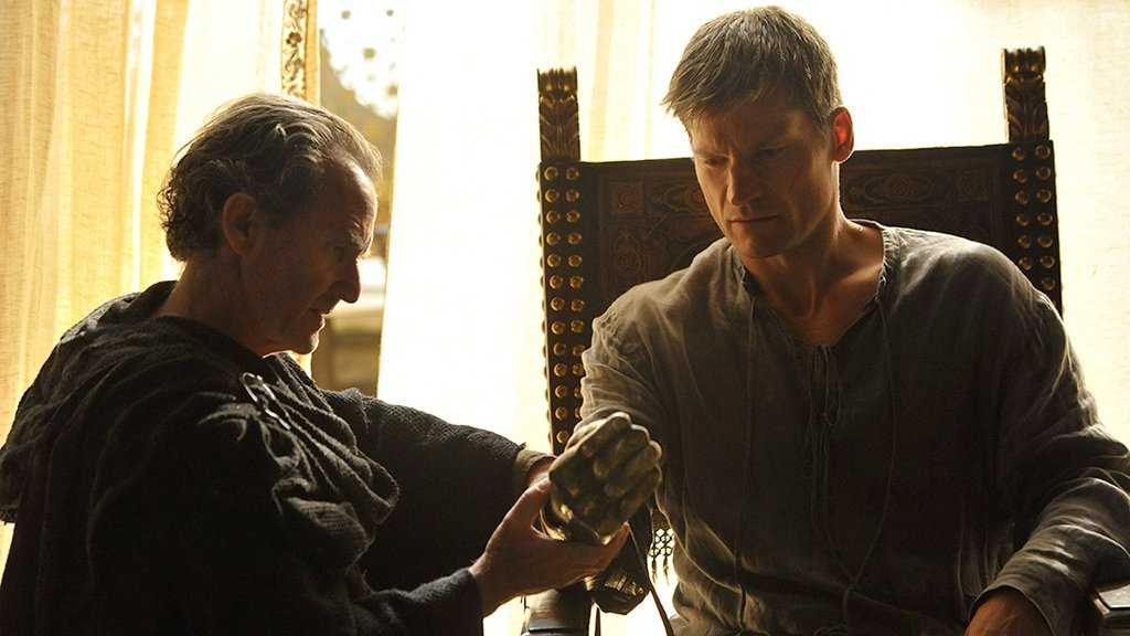 Jaime Lannister coming to terms with his dismembered hand, 'Game of Thrones'. Source: IMDB