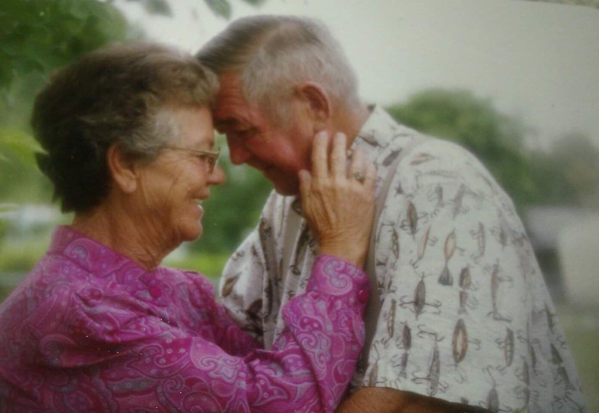 Gracie Phillips with her husband, who passed 11 years ago. (Twitter)