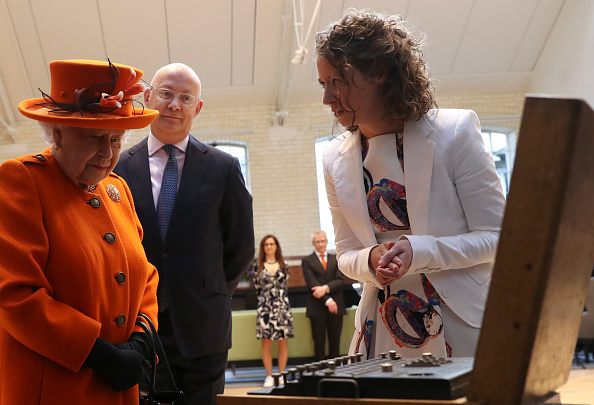 Queen Elizabeth II looks at an Enigma machine at the Smith Centre, as Science Museum (Source: Getty Images)
