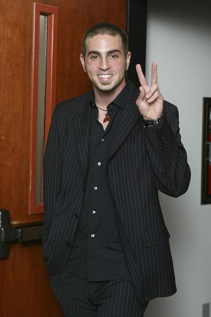 Lead defense witness, Wade Robson, gestures as he walks out of the courtroom after testifying in the Michael Jackson child molestation trial at the Santa Barbara County Courthouse May 5, 2005, in Santa Maria, California (Source: Lee Calano - Pool/Getty Images)
