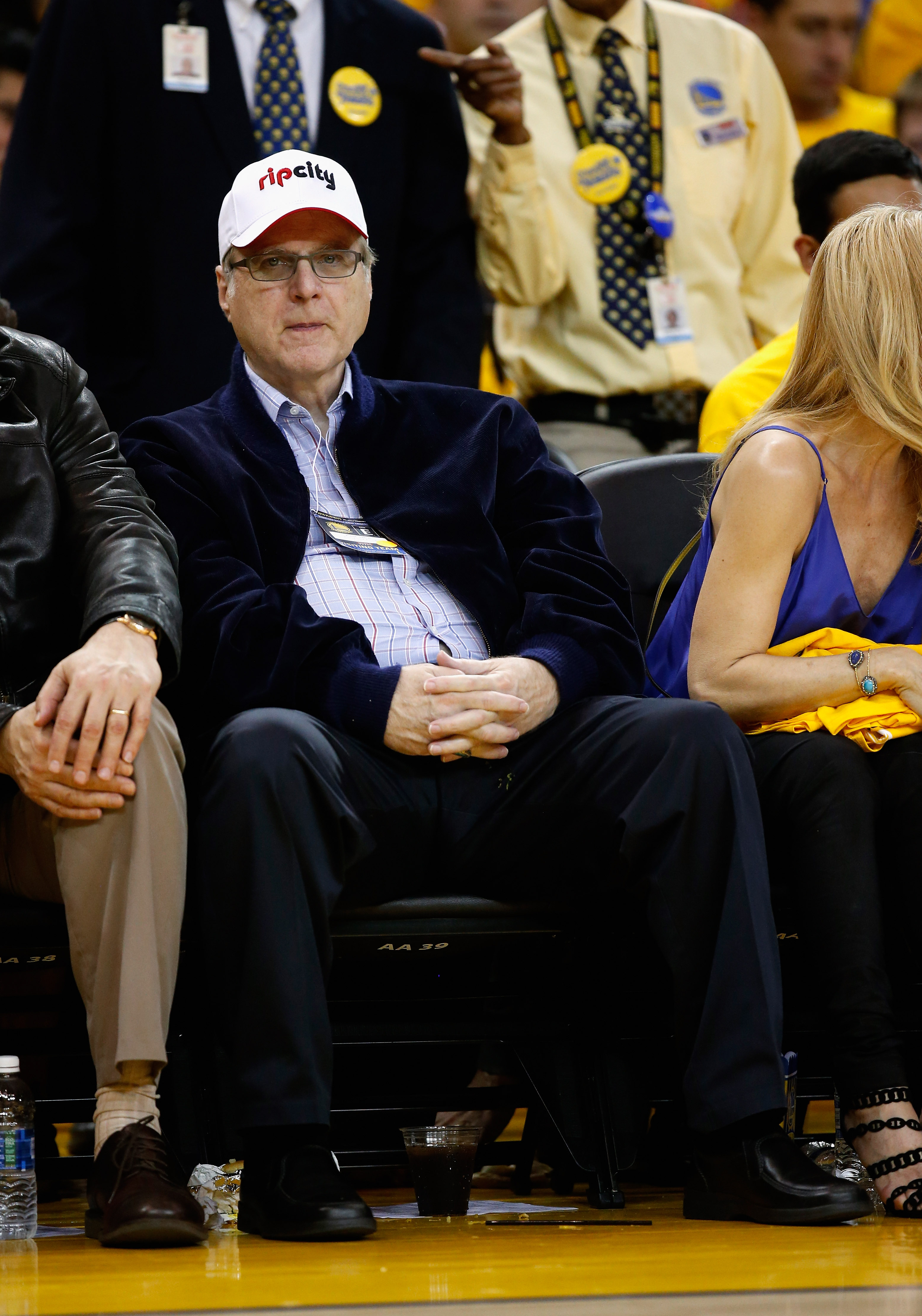 Paul Allen, co-founder of Microsoft and owner of Portland Trail Blazers, watches the Portland Trail Blazers play the Golden State Warriors during Game One of the Western Conference Semifinals for the 2016 NBA Playoffs at ORACLE Arena on May 01, 2016 in Oakland, California. (Source: Getty Images)